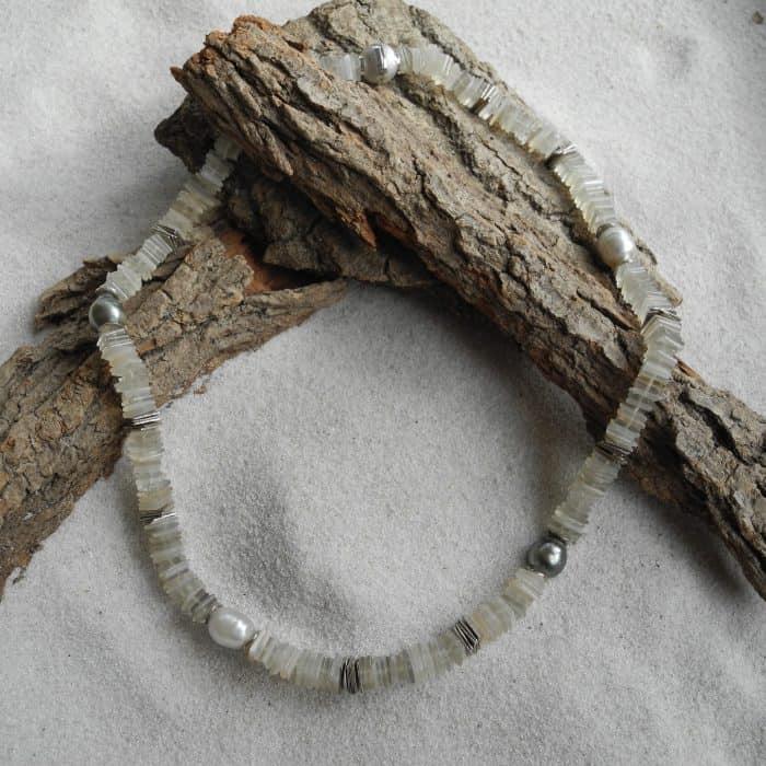 mondstein-tahitiperlen-edelstein-Halskette-kleinerheinperle-basel